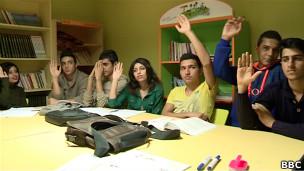 در چند دهه اخیر ایرانیان به یکی از گروههای عمده پناهجو در جهان تبدیل شده اند