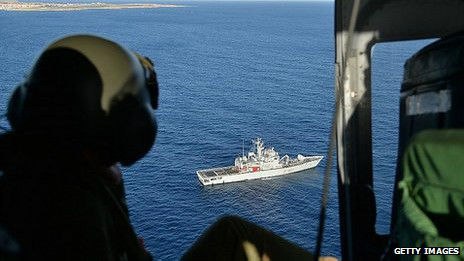 italy boat migrants ایتالیا امداد و نجات