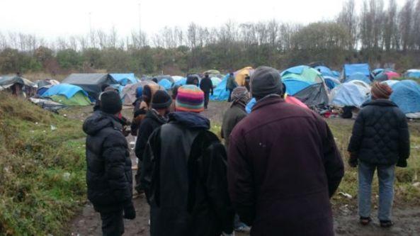 در حال حاضر حدود سه هزار مهاجر از کشورهای مختلف در اردوگاههای کاله هستند
